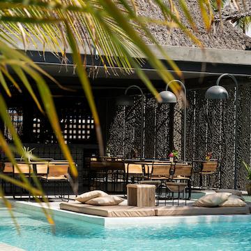 Casa Beach Hotel pool terrace, restaurant and bar view