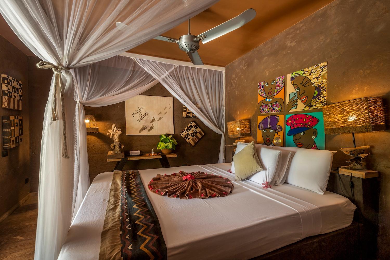 Mwezi Moon Bungalow bedroom