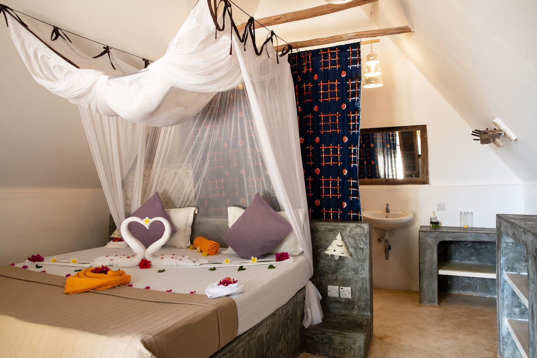 Nur Beach Hotel room