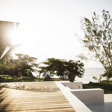 Qambani Luxury Resort terrace and ocean view