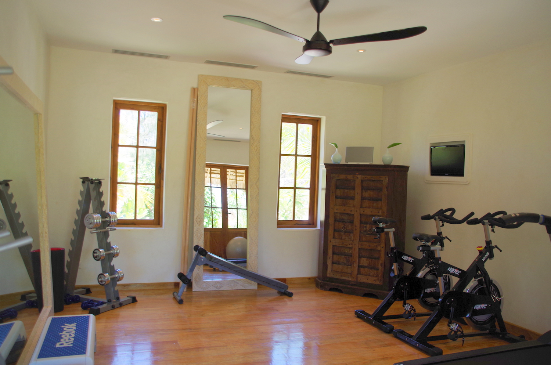 Qambani Luxury Resort gym