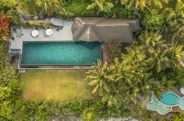 Qambani Luxury Resort pool aerial view