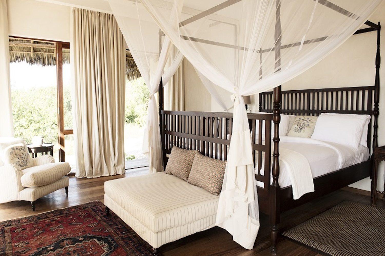 Qambani Luxury Resort plantation bedroom