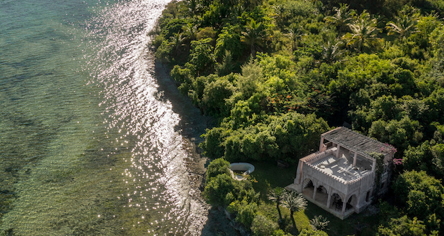 Qambani Luxury Resort sundowner aerial view