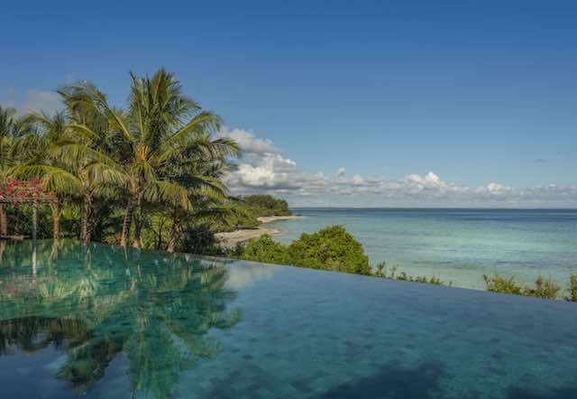 Qambani Luxury Resort Pool