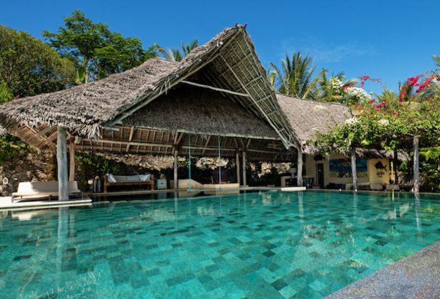 Qambani Luxury Resort Swimming Pool